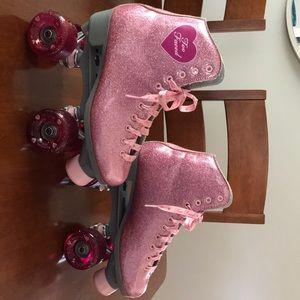 TooFaced glitter rollerskates/ limited PR